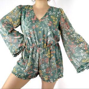 June & Hudson | XL | Floral Bell Sleeved Romper